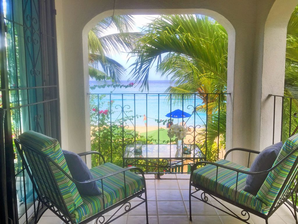 Beachview from masterbedroom at Seashore