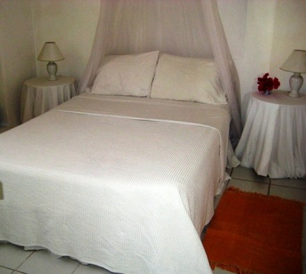 cinnamon-cottage-bedroom